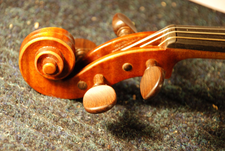 Violin4Scroll